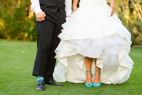 La-novia-y-el-novio-combinados-en-la-boda-08.jpg